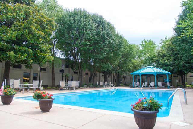 East Ridge Residence   Pool