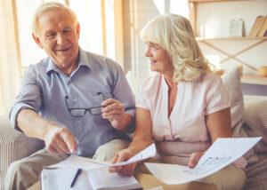 East Ridge Residence | Seniors with paperwork